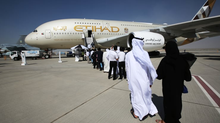 Emirates, Etihad tap Israel for growth as new business ties deepen